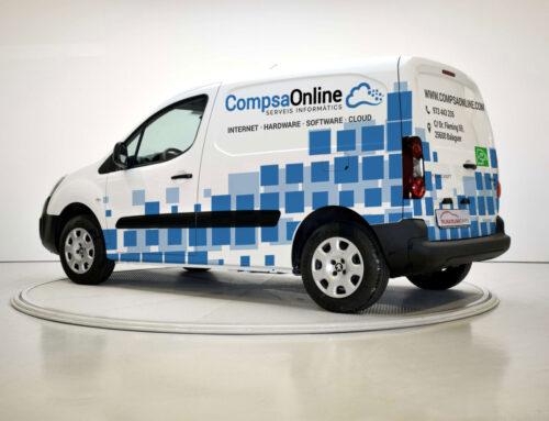 CompsaOnline i el seu compromís amb un món més sostenible, compra la seva primera furgoneta 100% elèctrica